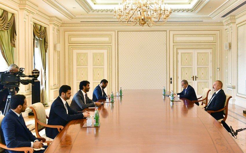 Prezident İlham Əliyev BƏƏ-nin iqtisadiyyat nazirini qəbul edib