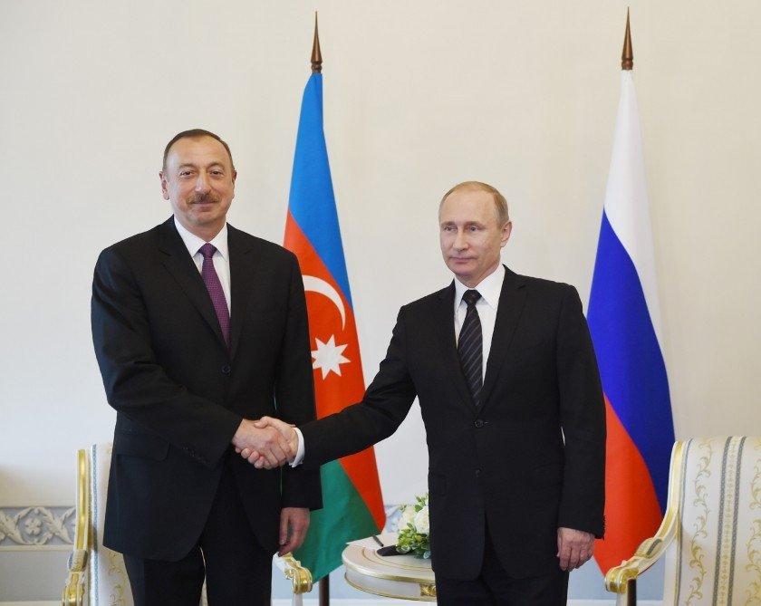 Prezident İlham Əliyev Putinlə telefonla danışıb